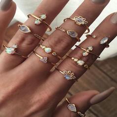 Estilo de la vendimia Bohemio Aleación con Diamantes de imitación Anillos (Juego de 12)