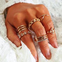 Pretty Redondo Aleación Diamantes de imitación con Diamantes de imitación Anillos 8 PCS