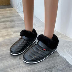 Women's PU Flat Heel Ankle Boots Snow Boots Round Toe With Feather Solid Color shoes