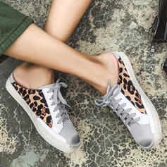 Women's Microfiber Flat Heel Flats Low Top Round Toe With Animal Print Patchwork shoes