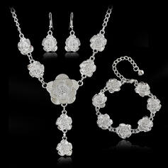 Beautiful Floral Design Alloy With Rose Jewelry Sets Necklaces Earrings Bracelets 4 PCS