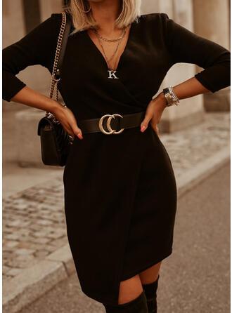 Sólido Manga Larga Cubierta Sobre la Rodilla Pequeños Negros/Casual Vestidos
