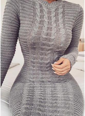 Sólido Punto De Cable Cuello Redondo Ajustado Vestido de Suéter