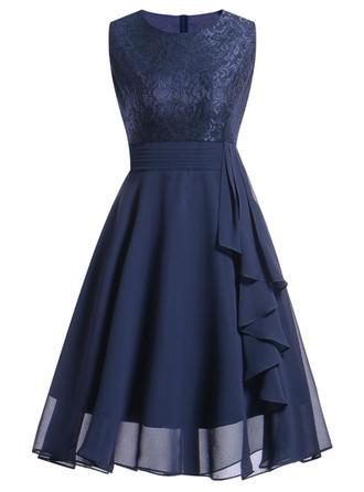 Lace/Solid Sleeveless A-line Knee Length Vintage/Party/Elegant Skater Dresses