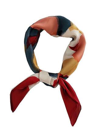 Print attractive/fashion/Comfortable Scarf/Square scarf/Bandanas